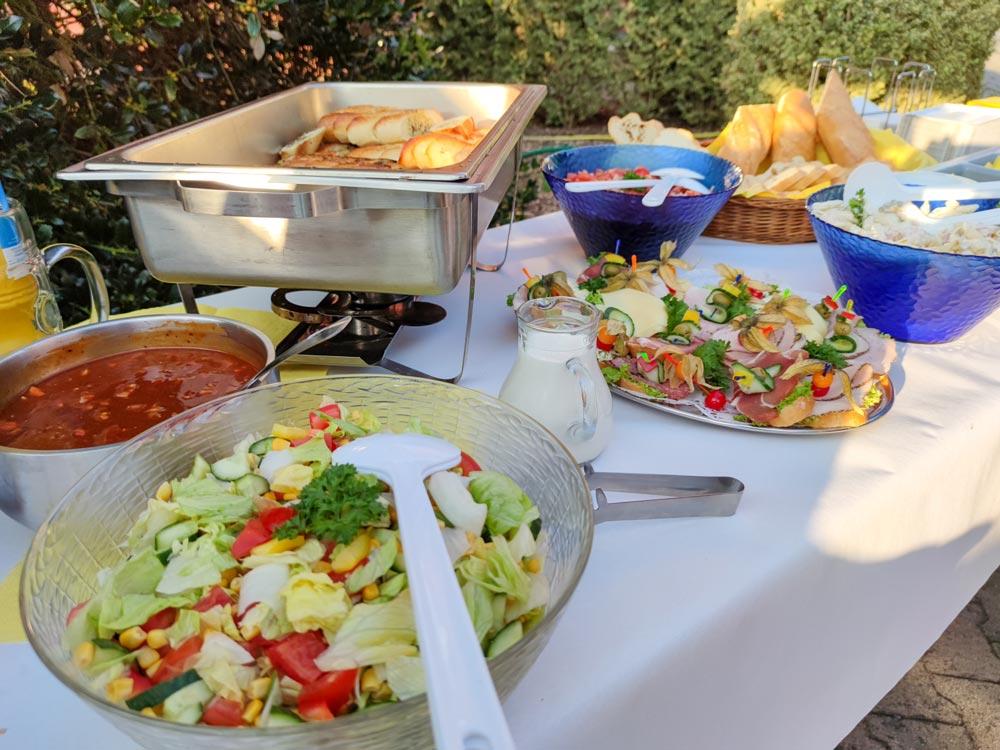 Sommerliches Grillbuffet